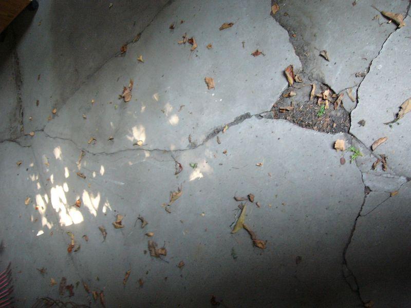 Garage cracks
